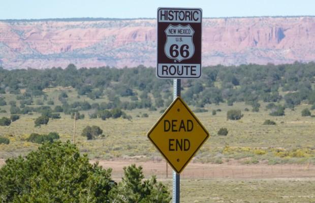 Skylt över Route 66